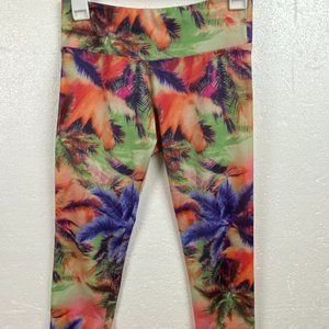 ONZIE Tropical Palms Crop Capri Leggings Sz S/M